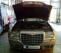 Chrysler 300C 1gen 3.0 D AT (218 л. с.) 2007